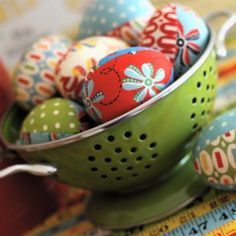Fabric Easter eggs from craft blogger Retro Mama.  Her eggs are being featured in a craft magazine this Spring!