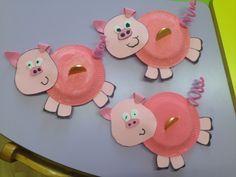 Farm animal craft – preschool crafts and worksheets Farm Animal Crafts, Pig Crafts, Sheep Crafts, New Year's Crafts, Animal Crafts For Kids, Craft Activities For Kids, Paper Crafts, Kindergarten Crafts, Preschool Crafts