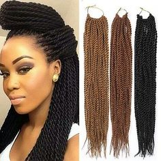 All styles of box braids to sublimate her hair afro On long box braids, everything is allowed! For fans of all kinds of buns, Afro braids in XXL bun bun work as well as the low glamorous bun Zoe Kravitz. Box Braids Hairstyles For Black Women, Side Braid Hairstyles, Try On Hairstyles, Crochet Braids Hairstyles, My Hairstyle, Hairdos, Chrochet Braids, Hairstyles Pictures, Crochet Hair