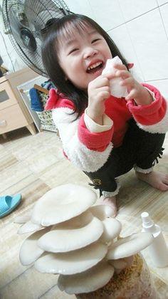 0224 孩子跟菇都長大了。