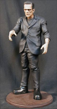 FRANKENSTEIN Boris Karloff Horror Classic Thriller Movie Vinyl Model KitThis item was Unassemble and Unpaint condition. (Required Built and Paint by Buyer) Scale : scale (Approx 13 inches tall) Material : Vinyl Packing : Maximum prote. Frankenstein 1931, Hollywood Monsters, Horror Movie Characters, Frankenstein's Monster, Classic Horror Movies, Classic Monsters, Movie Props, Horror Art, Hollywood Stars