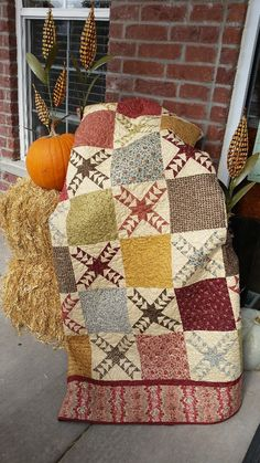 Complete your Harvest front porch display with Corn Stalks, Pumpkins, and this beautiful NEW QUILT!