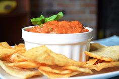 roasted garlic and tomato spread. looks great!