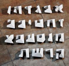 Ohad Zlotnick: Parallax - 3D Hebrew Font