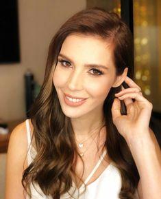Hatice Sendil Hatice Sendil, Turkish Actors, Famous People, Actors & Actresses, Celebrities, Gun, Turkey, Models, Girls