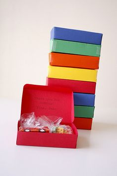 Lego Party Favors & Printables - @Jennifer Anderson  the candy is really cool:)