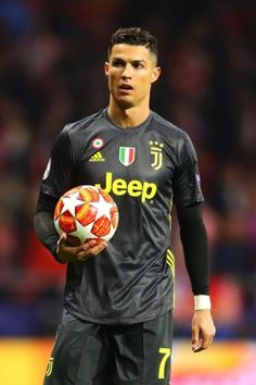 Football ©: Portuguese Footballer Cristiano Ronaldo [Club Atletico de Madrid v Juventus - UEFA Champions League Round of First Leg. Cristiano Ronaldo 7, Cristiano Ronaldo Celebration, Christano Ronaldo, Cristiano Ronaldo Wallpapers, Ronaldo Football, Cr7 Juventus, Cr7 Messi, Champions League, Ronaldo Photos