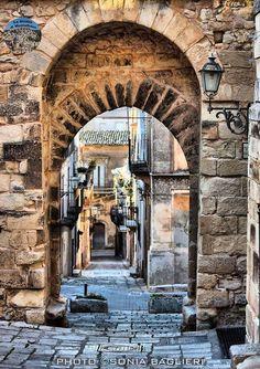 Chiaramonte Gulfi (RG) Foto di Sonia Baglieri http://www.lasiciliadimontalbano.com/ Instagram:@sonia.baglieri #lasiciliadimontalbano #luoghidimontalbano