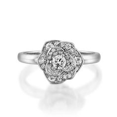 Flower diamond engagement ringBlossom diamond ring18k Petals