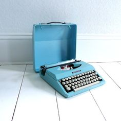 Typewriter...the way I did term papers