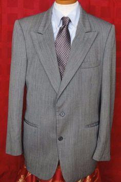 Harve Benard Gray Striped Wool Blend 2 Button Sport Coat Size 40R #HarvBenard #TwoButton