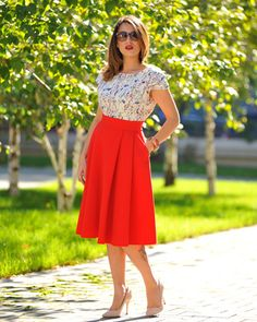 Fusta roşie Jeanne M. - Colors Of Love Hollywood Divas, Slow Fashion, Winter Collection, Summer Time, Perfect Fit, Indigo, Special Occasion, High Waisted Skirt, Feminine
