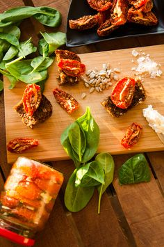 sun-dried tomatoes, food-photography, summer, sun, red