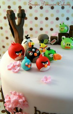 awesome angry bird by Sugar Penguin Cakery in Vancouver, BC, Canada.