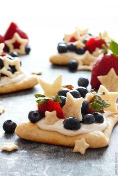 Starstruck Berry Marshmallow Pies | URBAN BAKES