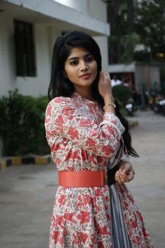 Take a look at the latest photos of Actress Megha Akash. Hindi Actress, Tamil Actress Photos, Bollywood Actress, Bollywood Cinema, Bollywood Photos, Sonam Kapoor, Deepika Padukone, Most Beautiful Indian Actress, Beautiful Actresses