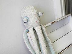 octopus toy / Břichopas toys