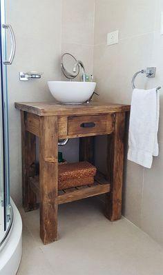 Rustic Bathroom Designs, Rustic Bathroom Vanities, Rustic Bathrooms, Wood Bathroom, Downstairs Bathroom, Bathroom Flooring, Bathroom Interior Design, Small Bathroom, Bathroom Shelves