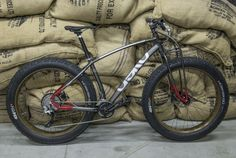 AEKO Burbera fat bike