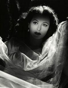 """bellalagosa: """"Hedy Lamarr (1944) """""""