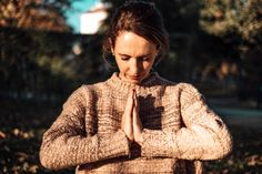 Yoga im Herbst - time to calm down and relax – Yoga & Juliet ૐ