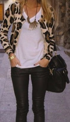 Leopard printed #cardigan