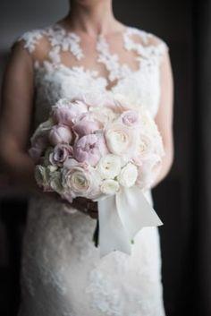 Wedding Bouquet Inspiration - Photo: Eli Turner Studios
