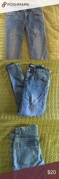 Free people jeans Light washed stretchy skinny jeans! Free People Pants Skinny
