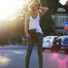 khaki+pants-clutch-zipper-tanktop-black+heels