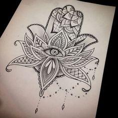 O esboço que eu fiz para a mão hamsa no outro dia #thetattooshop #tattoo…