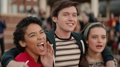 Love, Simon is a story about a closeted teen in high school falling in love through online correspondence and is the next great coming-of-age film. Amor Simon, Love Simon Movie, Simon Spier, Alexandra Shipp, Becky Albertalli, Jeffrey Wright, Celebrity Halloween Costumes, Nick Robinson, Danny Devito
