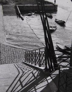André Kertész (1894-1985) Paris, 1927