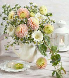 Marianna Lokshina - Still Life With Spring Flower Arrangements, Spring Flowers, Floral Arrangements, Romantic Flowers, Beautiful Flowers, Wedding Flowers, Paper Flower Art, Paper Flowers, Fruit Flowers