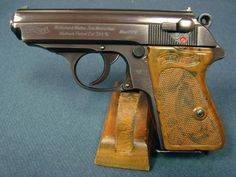 WALTHER PPK POLICE EAGLE C HIGH POLISH VERY SHARP! Find our speedloader now! http://www.amazon.com/shops/raeind