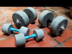How To Make Homemade Weights (DIY Dumbbell) Gym at home/ Homemade Workout Equipment, Diy Gym Equipment, No Equipment Workout, Fitness Equipment, Diy Dumbbell, Weight Lifting Equipment, Diy Home Gym, Gym Weights, Free Weights