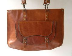 Liberina Tan vintage style Leather shoulder bag