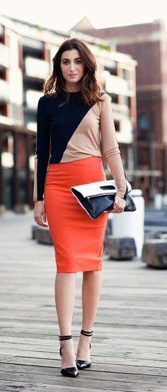 Hey females, don't miss away this great post that consists of voguish outfit strategies with a pencil skirt. A pencil skirt is probably the bits of cloth t Pencil Skirt Work, Pencil Skirt Outfits, Pencil Skirts, Modest Fashion, Skirt Fashion, Fashion Outfits, Women's Fashion, Fashion Beauty, Office Outfits