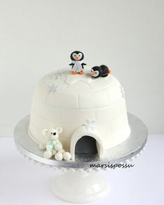 Pretty Cakes, Cute Cakes, Yummy Cakes, Easy Cakes For Kids, Penguin Cakes, Animal Cakes, Theme Noel, Specialty Cakes, Pastry Cake