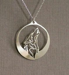 Howling Wolf necklace pendant wolf howls into the night Wolf Jewelry, Animal Jewelry, Cute Jewelry, Jewelry Accessories, Jewelry Necklaces, Jewelry Design, Jewelry Watches, Dolphin Jewelry, Diamond Necklaces