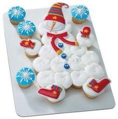 Pull Apart Cupcake Cakes   snowman pull apart cupcake cake.jpg by julia