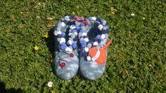 Felt slippers Felt Slippers, Craft Ideas, Crafts, Manualidades, Diy Ideas, Craft, Crafting, Handicraft, Felted Slippers