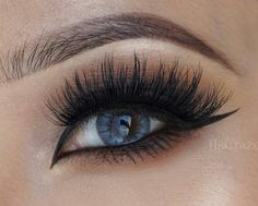 """Velour Lashes in """"Doll Me Up & Winging"""" Stacked"""