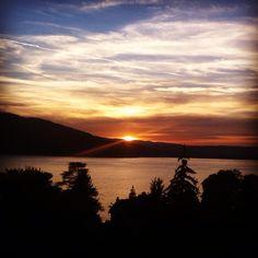En rentrant d'Angon... Coucher de soleil sur le lac d'Annecy