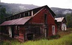 Retallack - Ghost Town in B. Abandoned Buildings, Abandoned Places, Ghost Towns, British Columbia, Camping, Explore, House Styles, Beautiful, Campsite