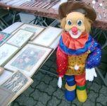 Lebensgroße Clownpuppe