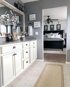 Are you looking for inspiration for farmhouse bathroom? Browse around this site for unique farmhouse bathroom pictures. This amazing farmhouse bathroom ideas looks absolutely superb. Home Renovation, Home Remodeling, Bedroom Remodeling, Ideas Baños, Decor Ideas, Decorating Ideas, Master Bath Remodel, Tub Remodel, Remodel Bathroom