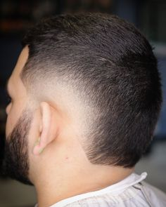 Educating your barber and grooming journey Mid Haircuts, Best Fade Haircuts, Medium Curly Haircuts, Haircuts For Long Hair, Medium Hair Cuts, Long Hair Cuts, Haircuts For Men, Medium Hair Styles, Short Hair Styles