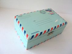 vintage airmail jewelry box from sorrythankyou79