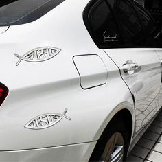 New with High QualityProduct Name: Jesus fish JESUS car stickerProduct Material: Metal + Advanced platingProduct Size: * models: UniversalQuantity: method: Clean the body to be pasted parts, to ensure that paste at: dry, clean, no oil, no water vapor Car Stickers, Car Decals, Car Boot, Badges, Chrome, Christian, Fish, Decoration, Boots