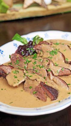 stuttgart cooking: deer shoulder meat with wake-dumplings, wild cranberries and field salad